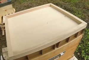 Couvre cadre bois